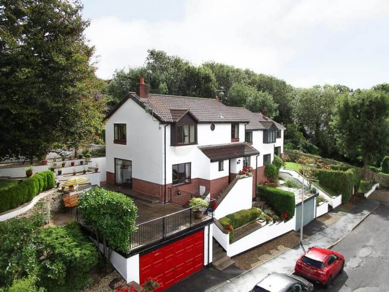 4 bedroom family home in Portishead, North Somerset